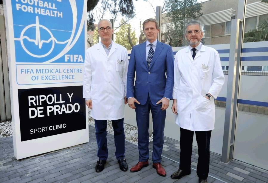 Los-doctores-Ripoll,-Van-Dijk-y-De-Prado